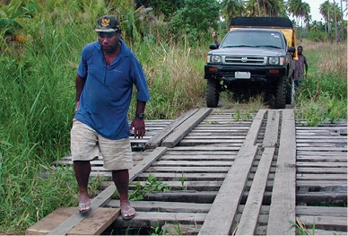 Transportation Solutions: 4WD Training for Papua New Guinea - JAARS